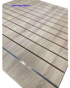 100 mm Eiken rustiek slatwall met profielen